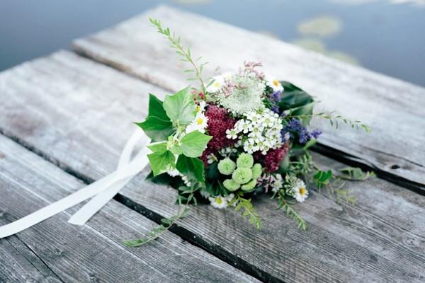 flower crown inspired shoot. Photography: Julia Hofmann Fotografie. Read more - http://www.hummingheartstrings.de/?p=11105