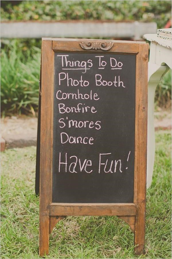 The best wedding lawn games. Read more - http://www.hummingheartstrings.de/?p=11463 Photo: Stacy Paul Photography