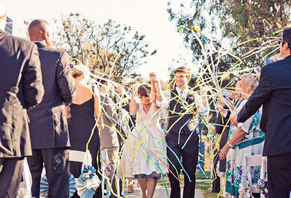 Wedding Exit Ideas. Read more: http://www.hummingheartstrings.de/?p=12714, Photo by Mark Brooke