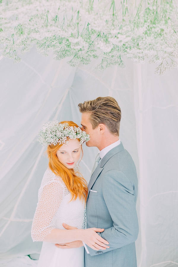 Federleicht Styled Shoot von noni & Sagt Ja & Le Hai Linh Photography. Via Wedding Blog Humming Heartstrings (20)