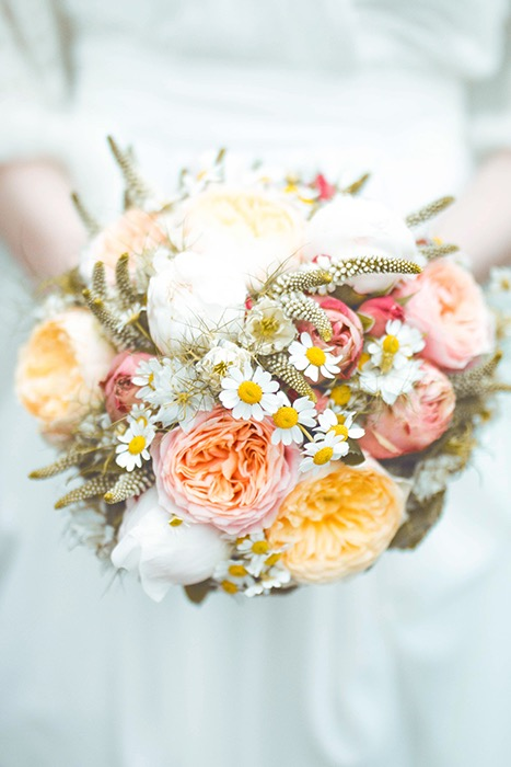 cute DIY wedding by Alina Schessler Fotografie as seen on Wedding Blog Humming Heartstrings_28