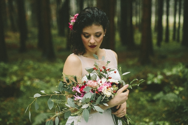 Autumn Bride_Photography Patricia Schumann via Wedding Blog Humming Heartstrings (19)