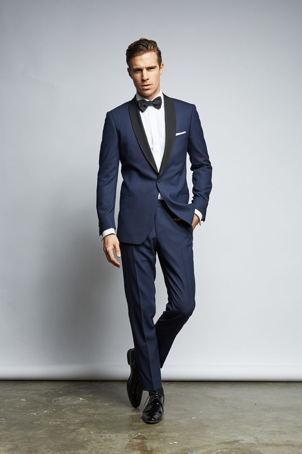 Grooms attire by THE BLOKE_Photography ©Kai Weissenfeld as seen on Wedding Blog Humming Heartstrings (1)