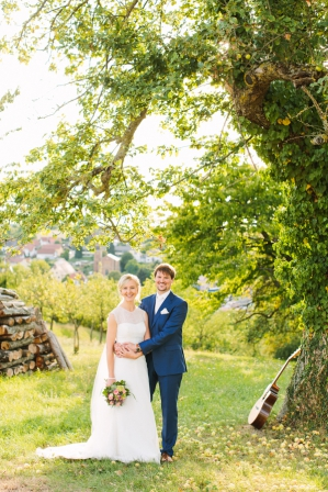 Adorable Farm Wedding by Aline Lange Fotografie as seen on Wedding Blog Humming Heartstrings (173)