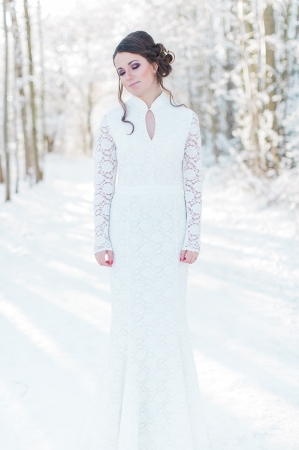 Winter Bridal Session_Photography Diana Frohmueller as seen on Wedding Blog Humming Heartstrings (13).