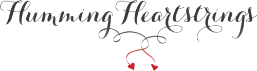 Humming Heartstrings logo